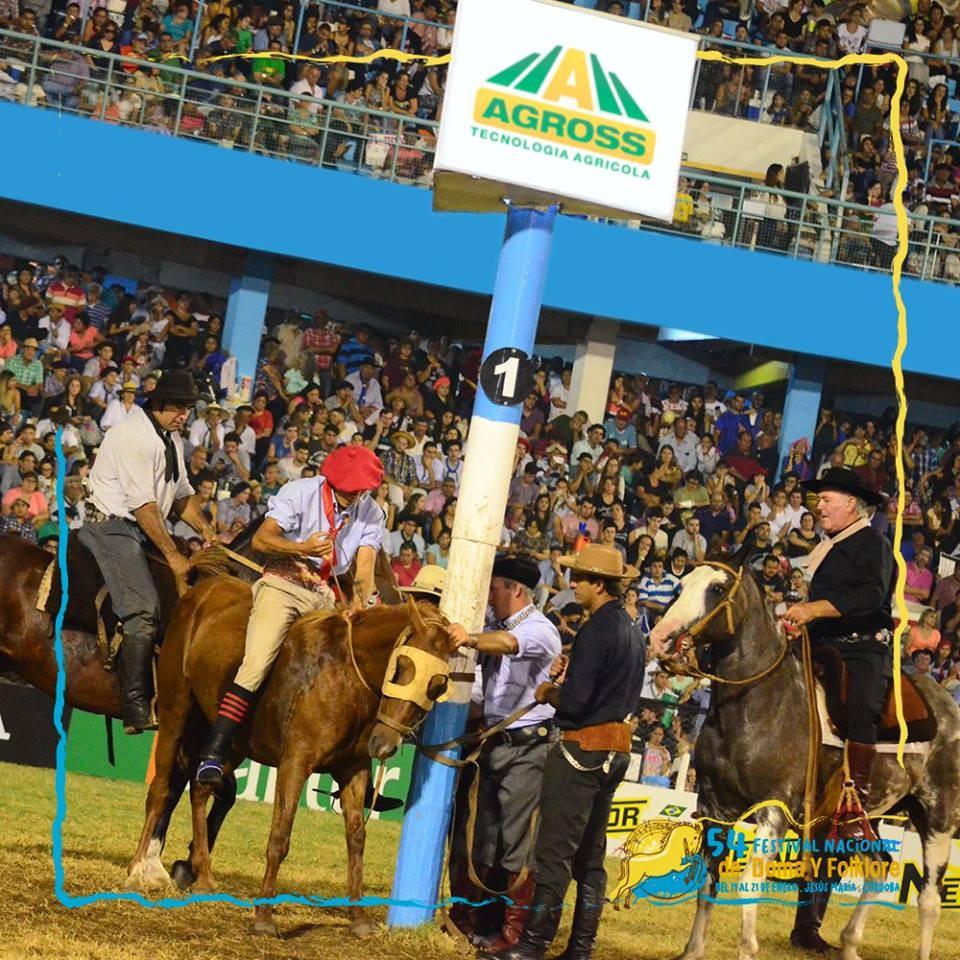 Arranca Jesús María con Santa Cruz en el Campeonato de Jineteada.