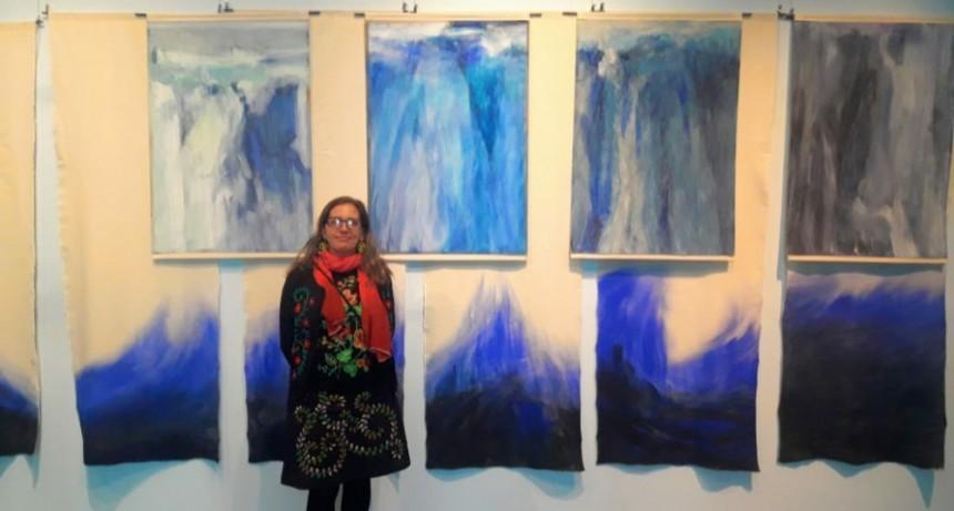 La artista internacional Marina Curci inauguró dos muestras en El Calafate