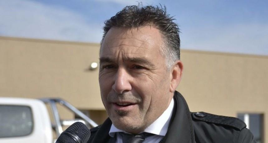 Ministro Álvarez dio detalles tras la habilitación de la Zona Franca Minorista