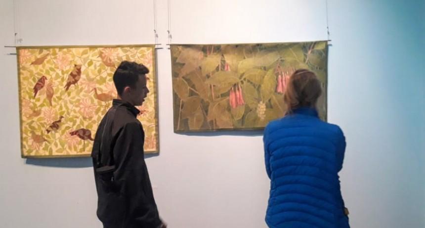 La reconocida Artista Plástica Teresa Durmüller expone en El Calafate