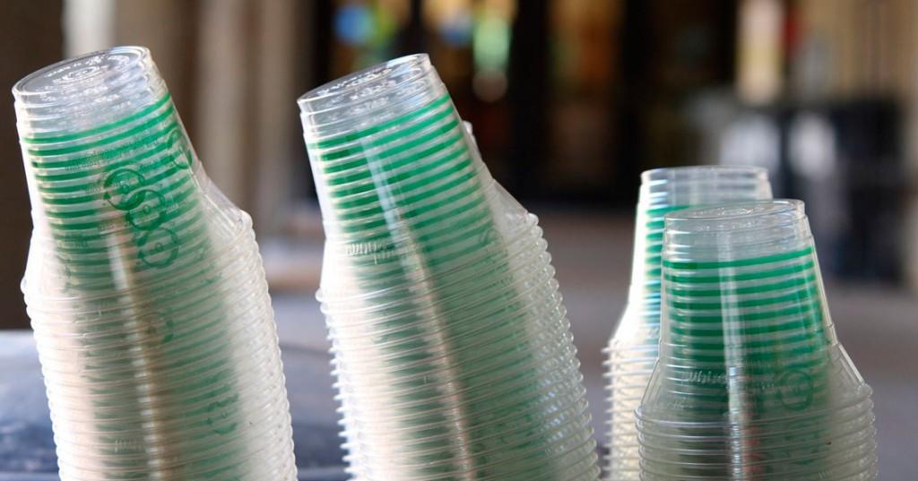 Ushuaia prohíbe los plásticos descartables en restaurantes y bares
