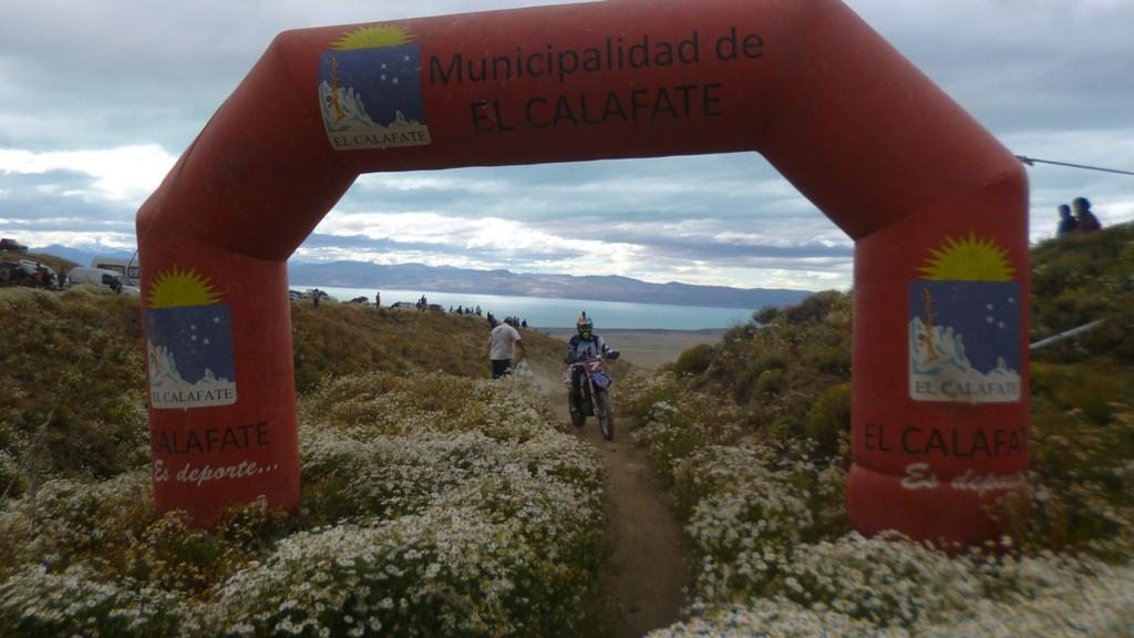 Con el Enduro Santacruceño terminó la Fiesta Nacional del Lago 2020