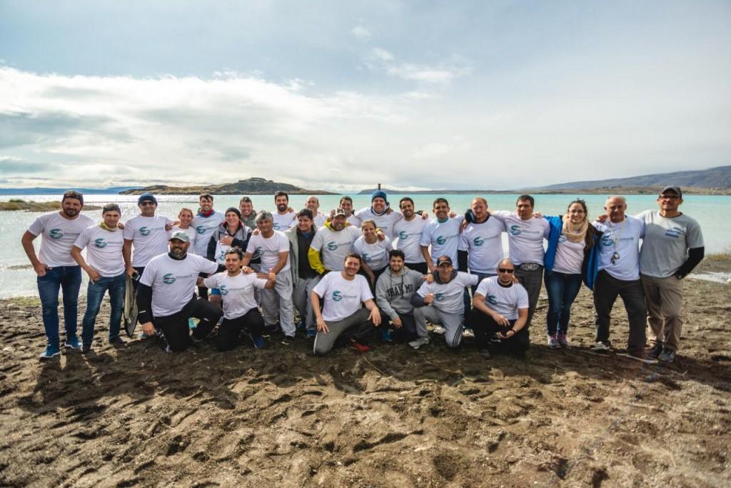 Se realizó travesía de natación de Aguas Frías en el Lago Argentino