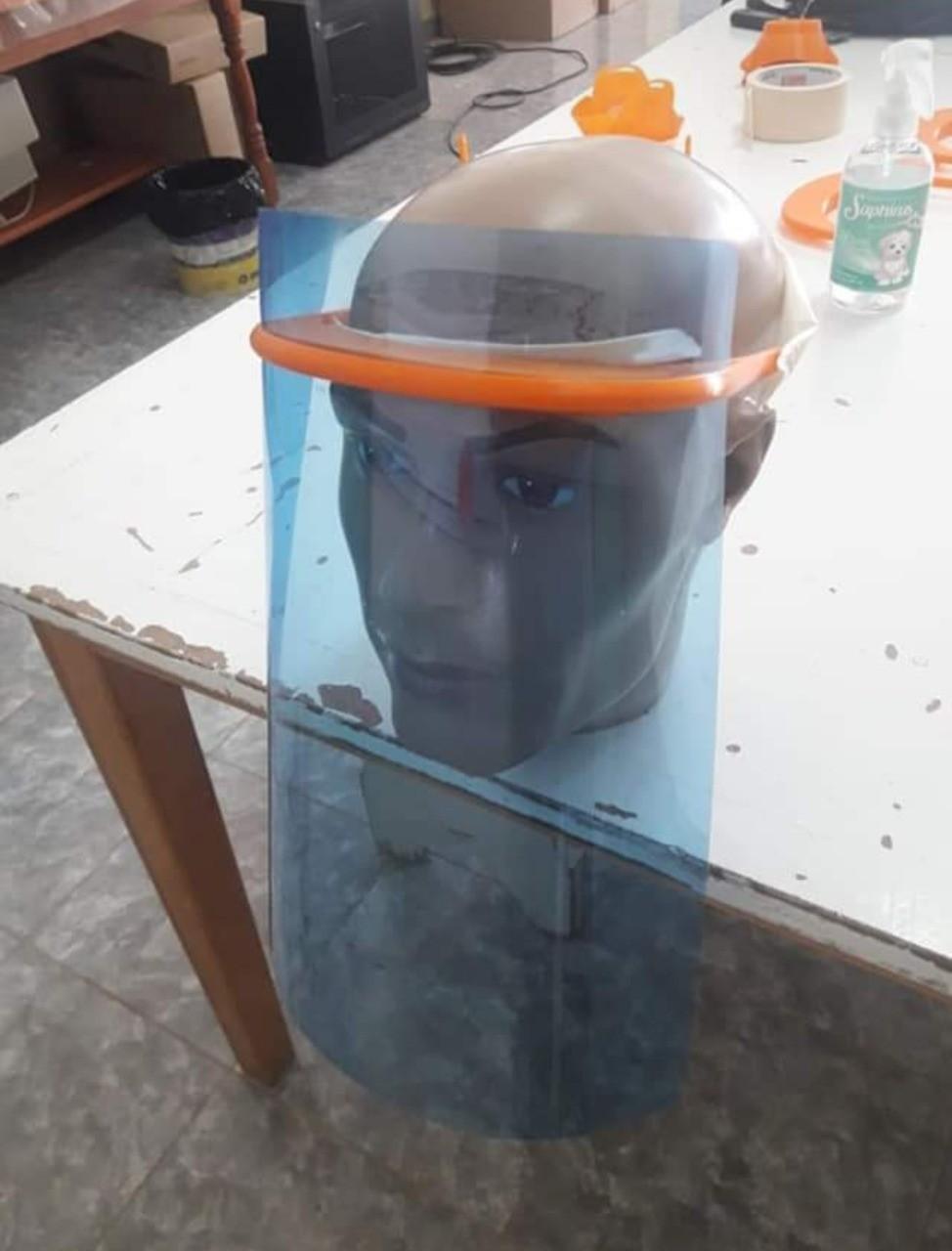 Escuelas técnicas fabricarán mascaras para personal de Salud y Seguridad