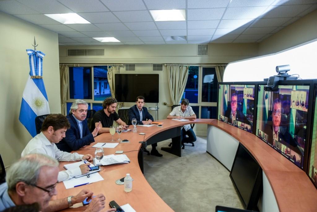 Coronavirus COVID-19: El Presidente mantiene una videoconferencia con los gobernadores