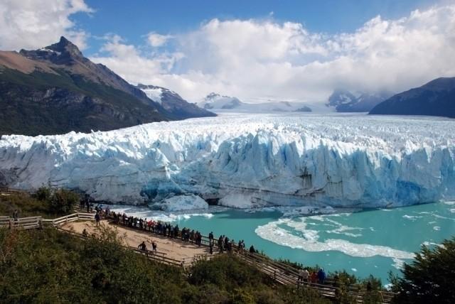 Santa Cruz podría dejar de prestar y explotar servicios en Parque Nacional Los Glaciares.
