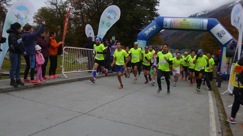 Se corrió por 8va vez la Fiesta de la Media Maratón del Glaciar