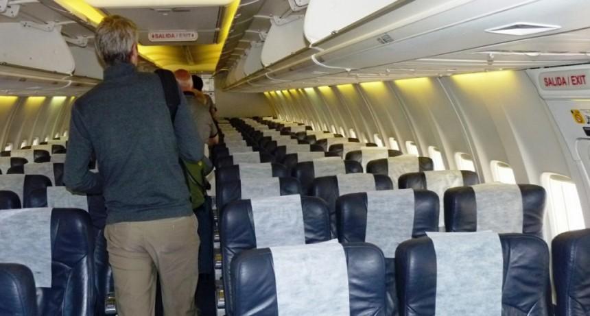 Rastreo epidemiológico a los calafateños que viajaron en el avión