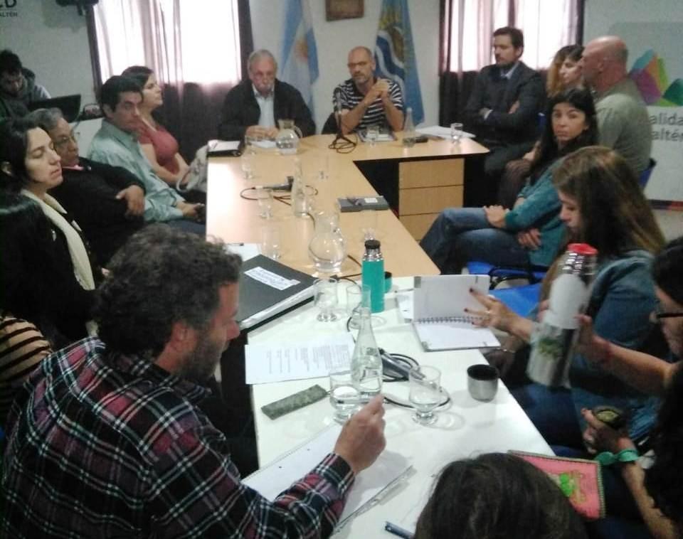El Chaltén. Convocan a inscribirse para la 2ª Mesa de Diálogo sobre Tierra y Vivienda