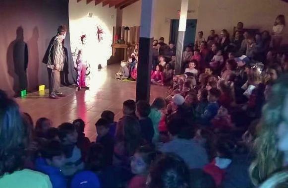 """El Chaltén disfrutó con """"El Circo nos Amontona"""""""