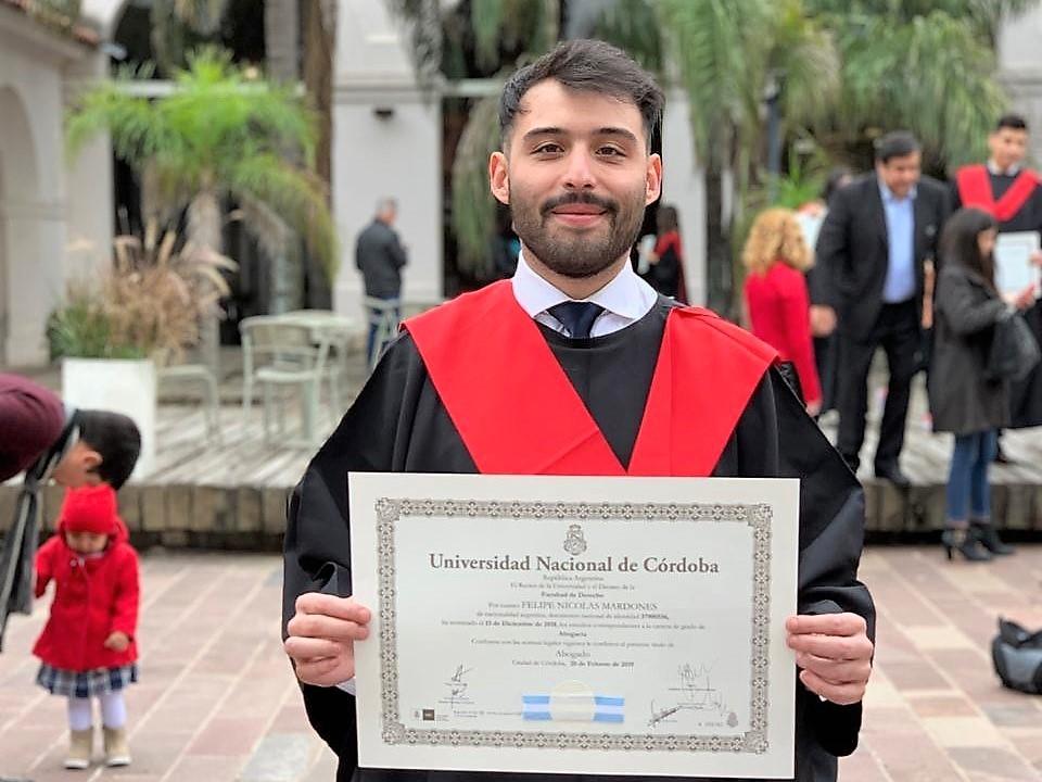 """Un santacruceño entre los """"Egresados Sobresalientes"""" de la Universidad de Córdoba"""