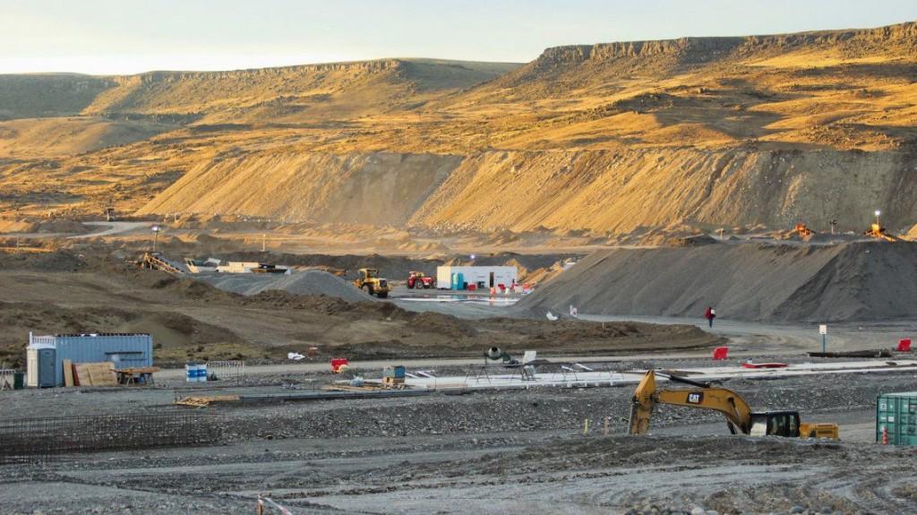 Piden habilitar la feria judicial para que se detenga la obra de las represas