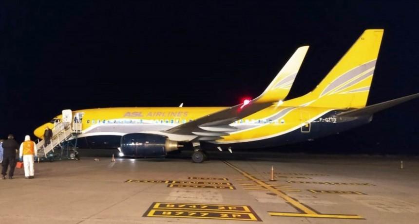 Llegó el vuelo humanitario y está en marcha histórico operativo de evacuación