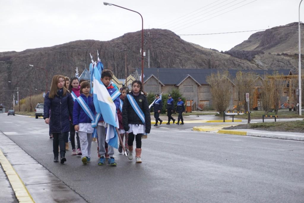 El Chaltén celebró el Día de la Bandera