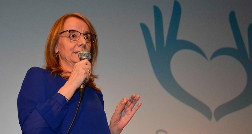 Gobernadora estima que el pago de aguinaldo será antes de fin de mes