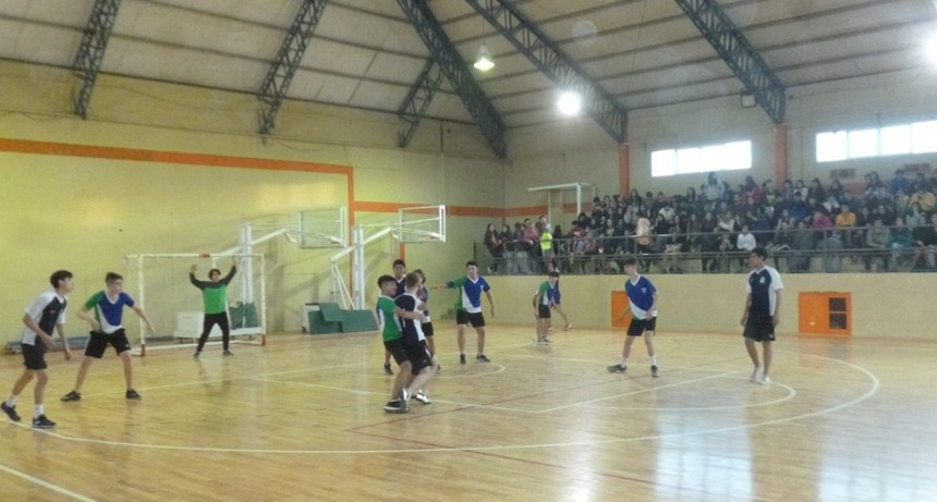 Se juega la 3era fecha del Handball Escolar