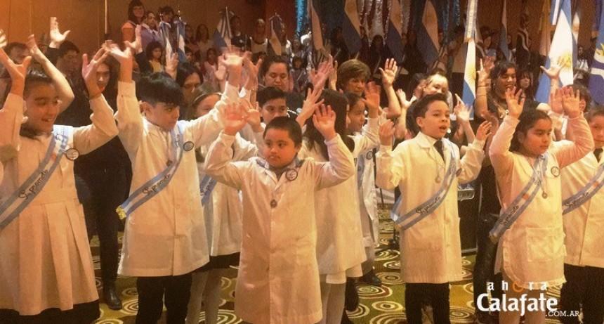 Cientos de alumnos de 4º grado prometieron Lealtad a la Bandera