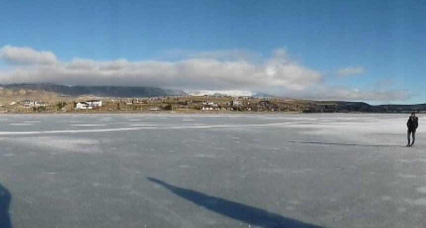 Se congeló la bahía. A Patinar!