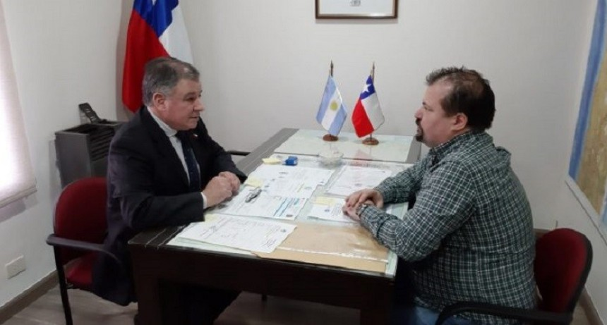 Informan a consulado chileno sobre corredor de los Lagos Andino Patagónico
