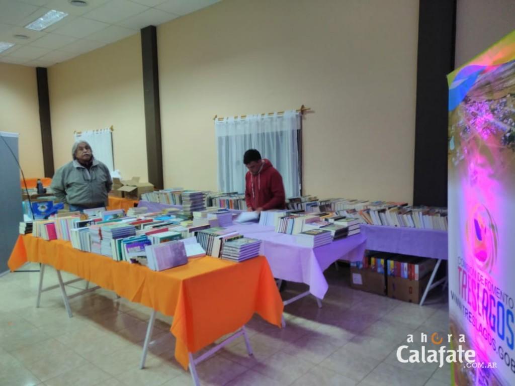 Tres Lagos realiza su Primera Feria del Libro