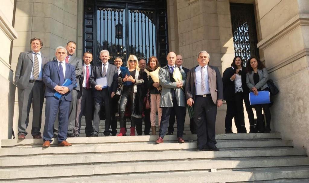 Santa Cruz  ante la Corte Suprema de Justicia contra los decretos de Macri