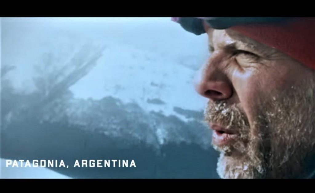 Un doble de Bruce Willis para promocionar Patagonia, Cataratas y Buenos Aires.
