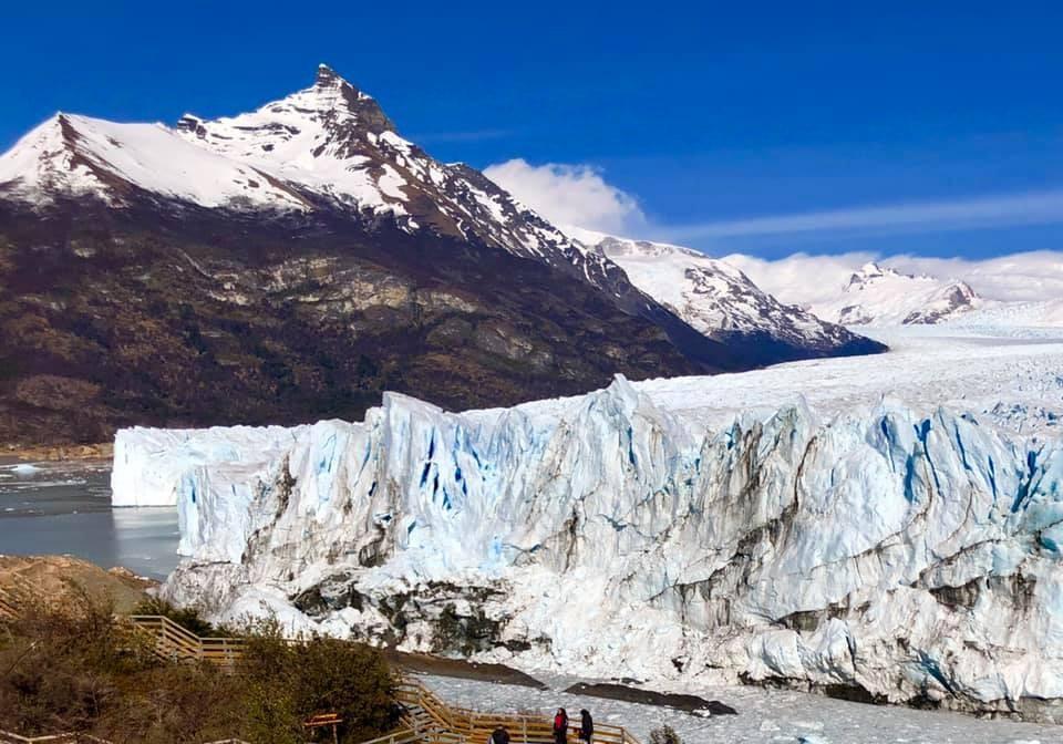 Se inicia el fenómeno que hace mundialmente conocido al Glaciar Moreno