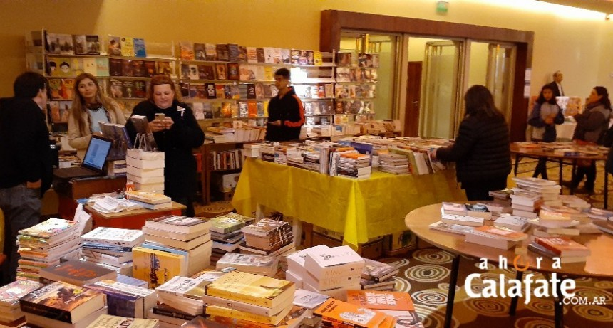 Comenzó la XVI edición de la Feria del Libro de El Calafate