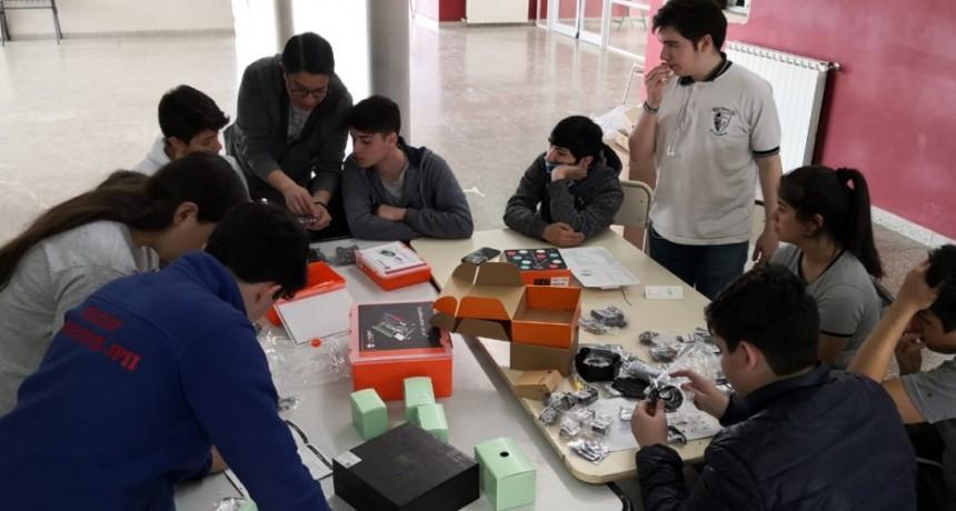 Escuela Industrial recibió importante equipamiento tecnológico