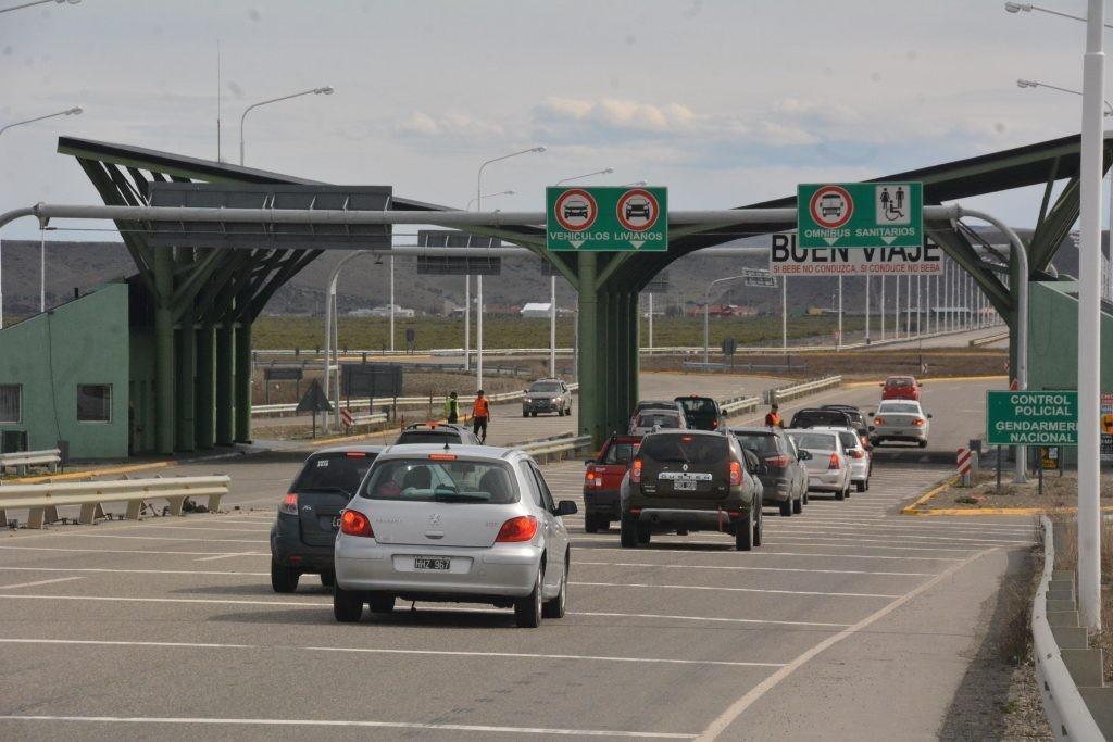 Detienen en ruta a hombre acusado de robar dinero en El Calafate