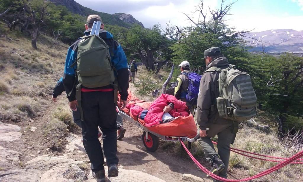 Rescataron a una turista francesa en el sendero de  Cerro Torre