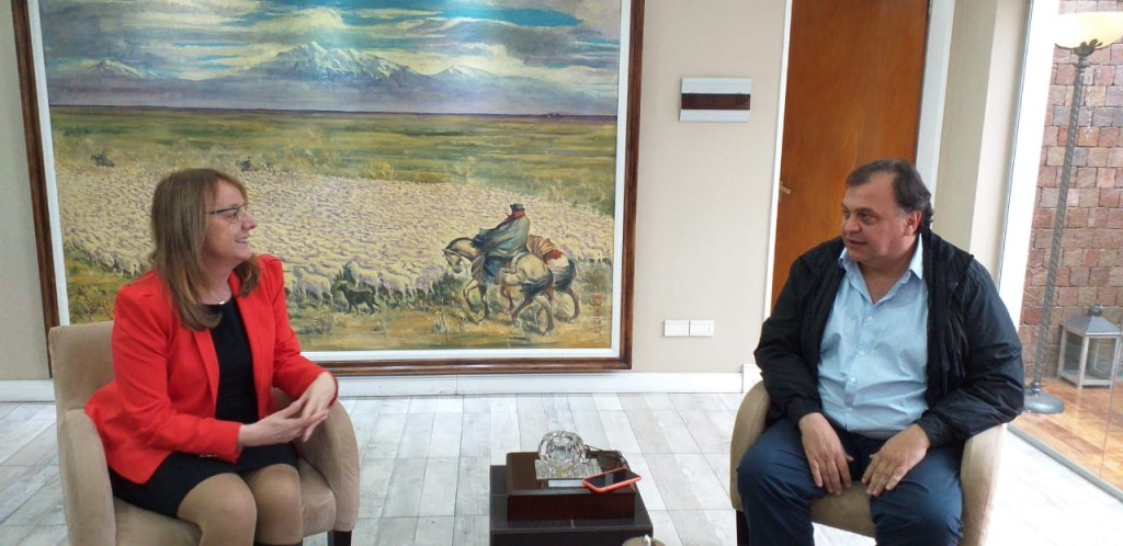 Kirchner - Belloni, reunión para priorizar lo institucional