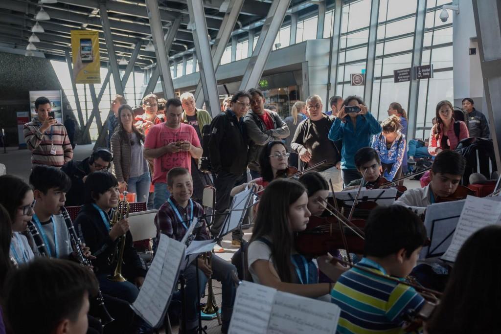 La Orquesta de El Calafate dio la bienvenida a Glaciares en Concierto 2019