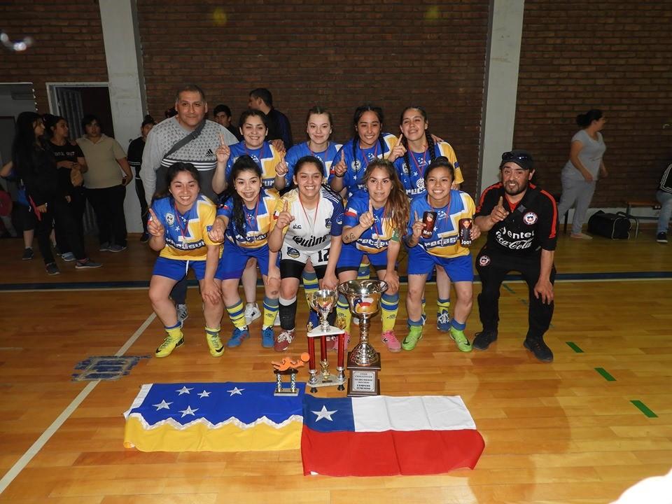 """Punta Arenas Campeón de la Copa Challenguer Eva """"China"""" Marchand."""