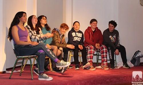 El Chalten. Grupo de teatro adolescente presentó su obra