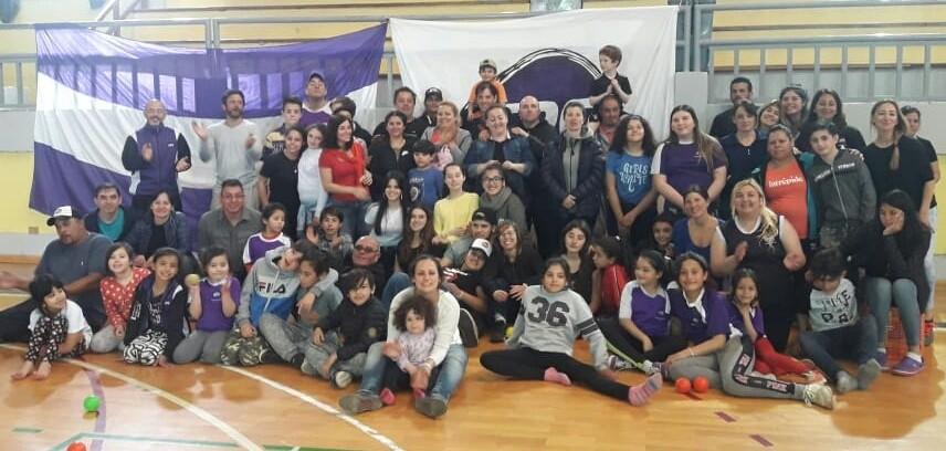 Hockey sobre Patines: Ex arquera de la selección Argentina se queda en El Calafate