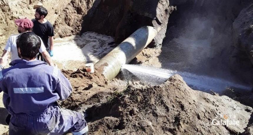 Acueducto. Una  nueva fisura en el caño demora el abastecimiento